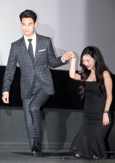 [뉴스핌 포토] '1인 2역' 김수현·'파격 노출' 설리...'리얼'