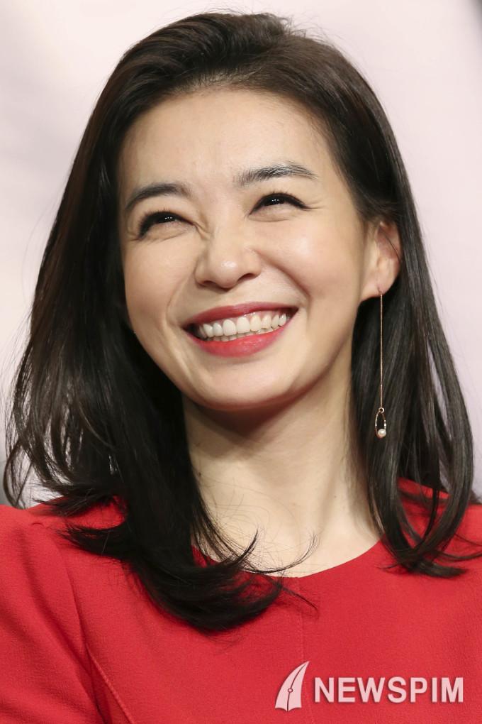 بیوگرافی هیون ووک افسانه دونگ یی - مطالب هفته سوم اردیبهشت 1395