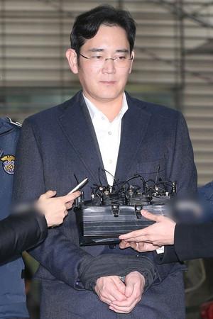 [뉴스핌 포토] '구속 이재용' 특검 세번째 소환