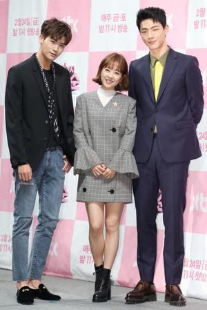[뉴스핌 포토] '힘쎈여자 도봉순' 러블리 박보영, 괴력女로 안방 컴백