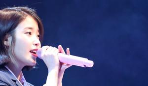 [뉴스핌 포토] 아이유 네 번째 정규앨범 'Palette(팔레트)' 쇼케이스