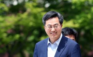 """[뉴스핌 포토] 판자촌 흙수저 소년 김동연 """"한국경제 사령탑 된다"""""""