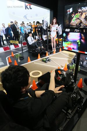 [뉴스핌 포토] 국내 ICT기술 총망라  '월드 IT쇼' 개막!