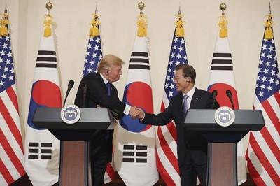 """백악관 """"한미 정상, '구체적 행동이 비핵화 달성 핵심' 동의"""""""