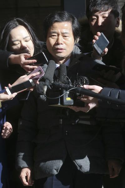 [뉴스핌 포토] '국정원 사찰' 김승환 전북도 교육감 참고인 신분 검찰 출석