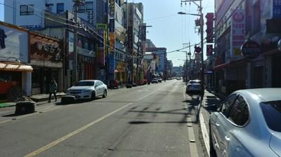롯데아웃렛 군산점, 개장 전 '한국GM 발 악재' 직면