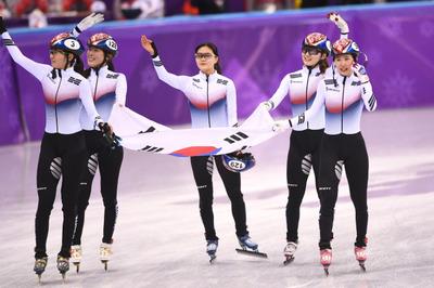 [뉴스핌 포토] 쇼트트랙 여자 계주 금메달...올림픽 2연패