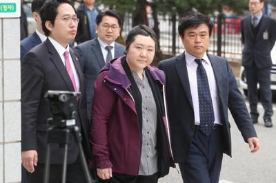 '신생아 집단사망' 이대목동병원 조수진 교수 등 3명 구속