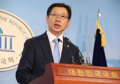 [클로즈업] 최고 정점에서 최대 위기 맞은 '文 복심' 김경수