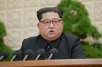 [포토] 北 김정은, 핵·ICBM 시험 중단