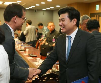 [사진] 뉴스핌 정책진단, 한만희 원유철...