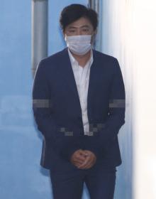[사진] '관세청 인사개입' 고영태, 1심서 징역 1년...재수감