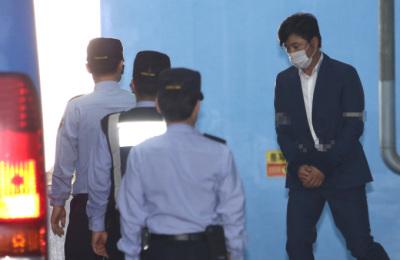 [사진] '관세청 인사개입 뒷돈' 고영태, 1심서 징역 1년...법정구속