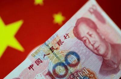 中 인민은행, 위안화 1년 만에 최저치인 6.7671위안으로 고시