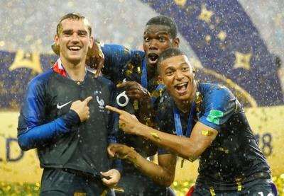 [사진] 프랑스 2018 러시아 월드컵 우승엔 '그리즈만,포그바, 음바페'가 있었다.