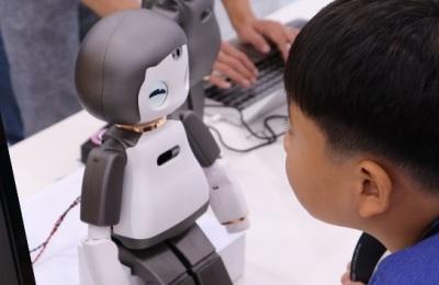 [영상] '직접 보고 배우는 로봇 체험기'...2018 용산로봇페스티벌