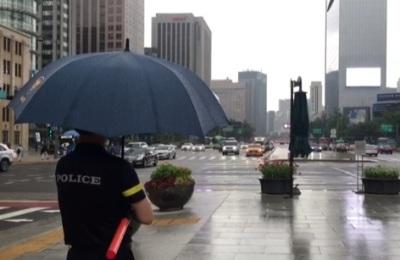 [영상] 무더위 식혀주는 반가운 비, 짧지만 시원했다!