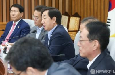 [정가 인사이드] 한국당 예방만 뺀 정의당 신임 원내대표...'전쟁 모드' 돌입