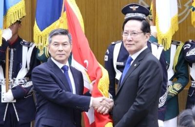 [영상] 제45·46회 국방부 장관 이·취임식 행사...송영무-정경두