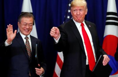 [사진] 한미 FTA 개정 협정 서명 마친  양국 정상