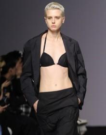[사진] 키미제이 컬렉션 '과감한 노출'