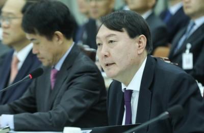 [국감] 법사위, 윤석열에 MB 다스 수사·사법농단 의혹 등 '폭풍' 질의