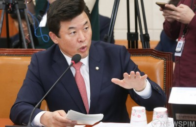 """한국당 """"서울교통공사, 친인척 108명 넘어…제보 이어진다"""""""