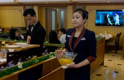 북한도 빈부격차 몸살…고위층 비호 받는 '신흥 부유층' 증가