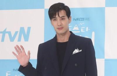 """[영상] '톱스타 유백이' 김지석 """"'나 혼자 산다' 시청률 빼앗아 올 것"""""""
