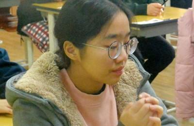 [사진] 2019  대학수학능력시험  '수험생의 간절한 기도'