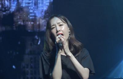 [영상] 별, 1년 만에 컴백....올 겨울 발라드 접수할 '눈물이 나서' 무대