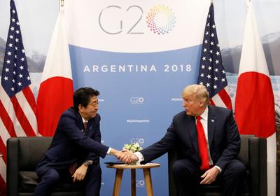 """트럼프-아베 통화 """"北 핵·미사일, 일본인 납치 문제 해결 위해 협력"""""""