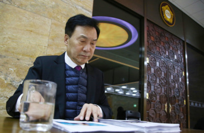[사진] 선거제 뺀 예산합의에...손학규 단식투쟁