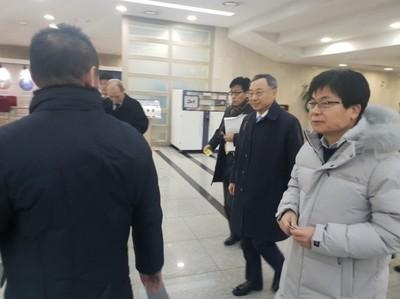 """황창규 KT 회장 """"대통령과 5G 중기 협력 강화 약속"""