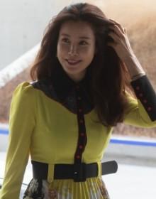 [사진] 서울패션위크 참석하는 배우 이태란
