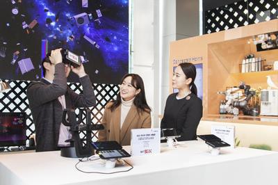SKT, 세계 최초 5G폰 '갤럭시S10' 최종 테스트 마쳐