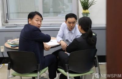 [사진] 사개특위 논의하는 김관영-채이배-권은희