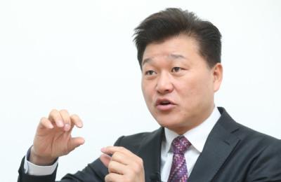 """[신보수의 길] ④신용한 """"꼰대 정당 안돼, TK‧강남에 30·40대 공천해야"""""""