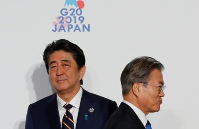 "NYT ""아베, 모호한 국가 안보 내세워 글로벌 자유 무역 훼손"""