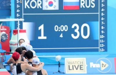 [광주세계수영] 여자수구, 2번째 경기만에 사상 첫골 '기쁨의 눈물'