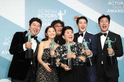 '기생충', 미국영화배우조합 시상식 최고상…송강호