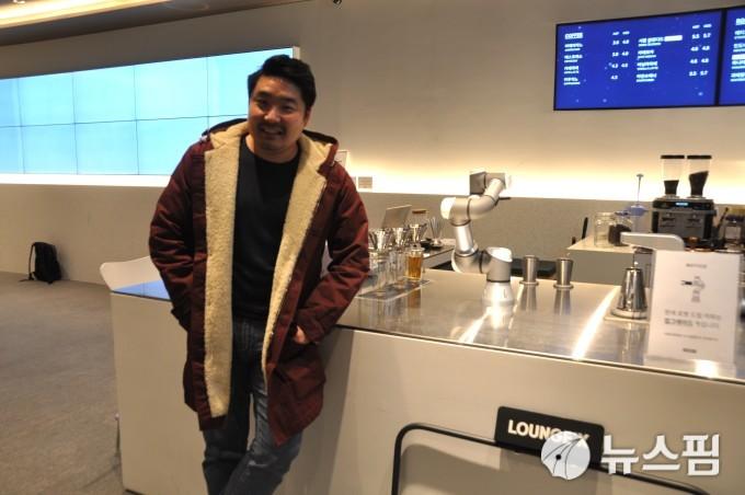 """[인터뷰] 황성재 라운지랩 대표 """"기술 과잉시대, 소비자 삶에 기여해야"""""""