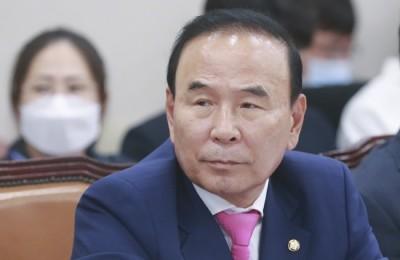 '골프장 고가 매입' 박덕흠 고발 사건, 중앙지검 조사1부 재배당