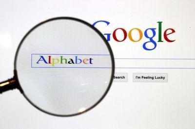 애플, 구글 대체 검색엔진 자체 개발...성공할까?