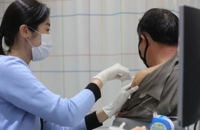 독감 백신 접종 후 사망 신고 101명…이상반응 1837건