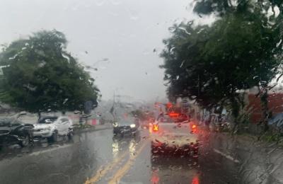 [전국종합] 태풍 '오마이스' 피해 속출…주택·상가 침수에, 도로 유실