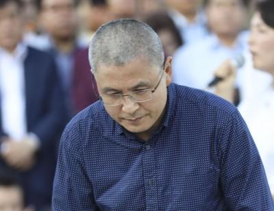 삭발한   자유한국당 황교안 대표