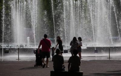 '5월에 한여름 날씨'
