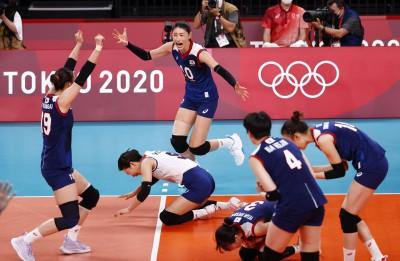 여자 배구,3대2 터키 꺽고 준결승 진출